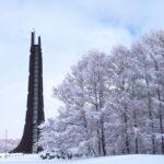 野幌森林公園内の百年記念塔に解体論 札幌